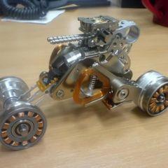 Машинка из жёсткого диска