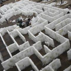 Лабиринт из льда