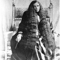 Самые длинные волосы эпохи модерна
