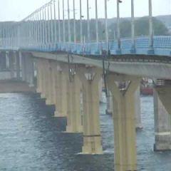 Аномальное поведение моста в Волгограде