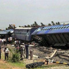 Теракт на железной дороге в Индии