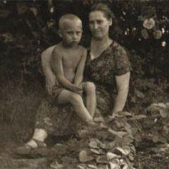 Главы государств и их матери