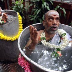 Индусы вызывают дождь