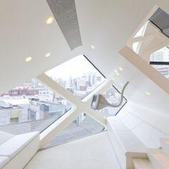 Новый магазин Prada в Токио (фотографии)
