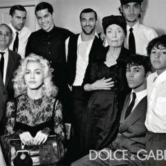 Рекламная кампания Dolce & Gabbana сезона осень 2010 с участием Мадонны (Madonna) от Стивена Кляйна (Steven Klein)