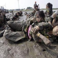 Военный лагерь для детей в Южной Корее