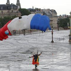 Праздник Дня взятия Бастилии в Париже