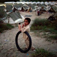 Наводнение в Пакистане: Дети