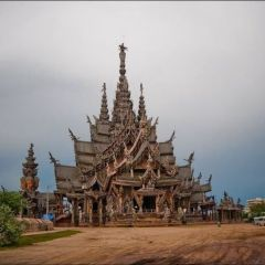 Таиландский Храм Правды
