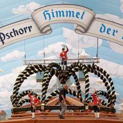 Открытие Oktoberfest 2010