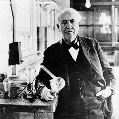 История электрической лампочки