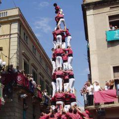 Живые башни в Каталонии