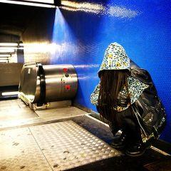 Хиджабизация парижского метро