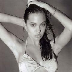 Молодая Анджелина Джоли Войт