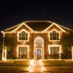 Новогодние украшения американских домов