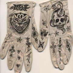 Креативные перчатки
