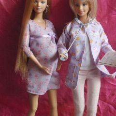 Барби забеременнела