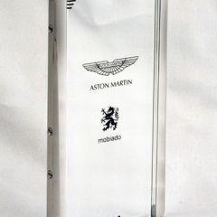 Телефон Aston Martin
