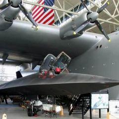 Самолет Hughes H–4 Hercules