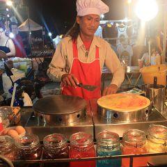 Ночное шоу еды в Таиланде