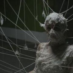 Кадры из клипа певицы Шинед о`Коннор