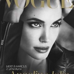 Новая фотосессия Angelina Jolie