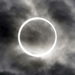 Кадры солнечного затмения