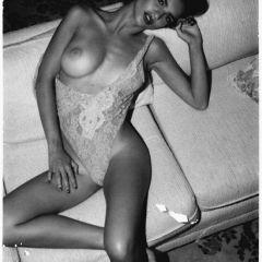 Красотка с прекрасной грудью