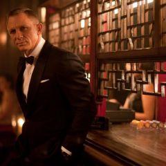 Агент 007 в костюмах от Tom Ford