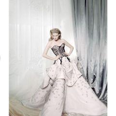 Снимки в стиле ретро для британского Vogue