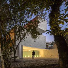 Креативный проект современного здания от Studio MK27