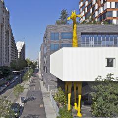 Проект детского центра от Hondelatte Laporte Architectes