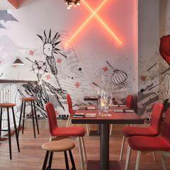 Очень удачный дизайн интерьера кафе Pisacco Bistro