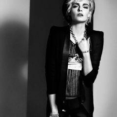 Мадонна 70-х годов в исполнении Nimue Smit