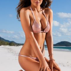 Alyssa Miller в купальнике для Sports Illustrated Swimsuit 2013
