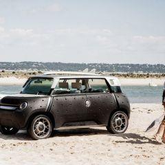 Toyota ME.WE – антикризисный электромобиль, который можно переодеть