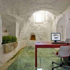 Отель из эры неолита
