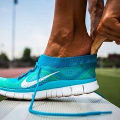 Новые минималистические кроссовки от Nike