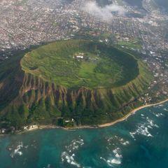 Уникальный кратер Diamond Head на Гавайях
