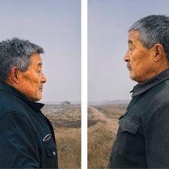 Близнецы, которым по 50 лет в фотопроекте Gao Rongguo