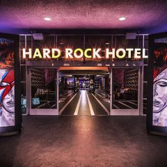 Хард-Рок Отель в Палм-Спрингс
