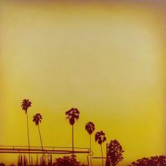 Небо Лос-Анджелеса художника Bradley Hankey