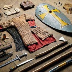 Что носили с собой солдаты на протяжении 1000 лет?