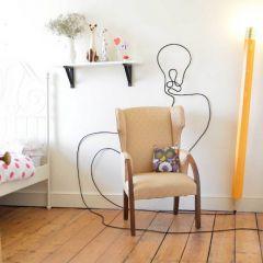 Светильник в форме карандаша