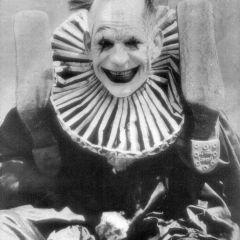Жуткие клоуны на старых фотографиях
