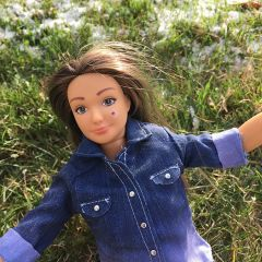 Настоящая Барби - с прыщами и растяжками