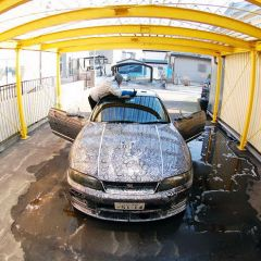 Жена расписала Nissan Skyline GTR своего мужа