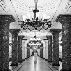 Метро Москвы и Петербурга в фотографиях Андрея Кругликова