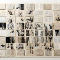 Картины на книгах Екатерины Паникановой