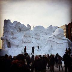 Снежная скульптура «Звездных войн»